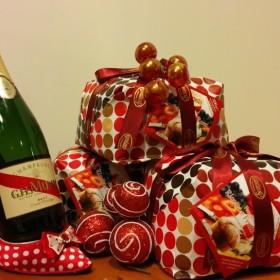 """Confezione """"Sodalizio"""" : panettone Scarpato e champagne Mum"""